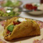 tortilla Mexique poivron cornichon salade crêpe sauce