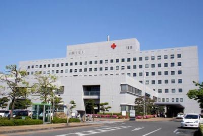 Hospitalisation hôpital clinique urgences ordonnance médecin hospice