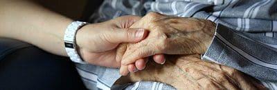 seniors aides vieux âgées maison temps