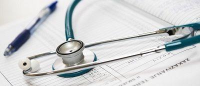 clinique médecin consultation ordonnance cachet antibiotique